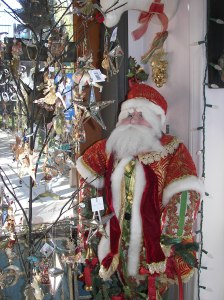 Even Santa loves to visit the delightful Lake Arrowhead Ballet Company Boutique in Lake Arrowhead. I hope he has a fun flight tonight!